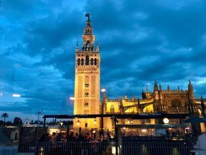 Un paseo por Sevilla<div class='yasr-stars-title yasr-rater-stars-visitor-votes'  id='yasr-visitor-votes-readonly-rater-90230dcc68680'  data-rating='5'  data-rater-starsize='16'  data-rater-postid='184'   data-rater-readonly='true'  data-readonly-attribute='true'  data-cpt='posts'  ></div><span class='yasr-stars-title-average'>5 (2)</span>
