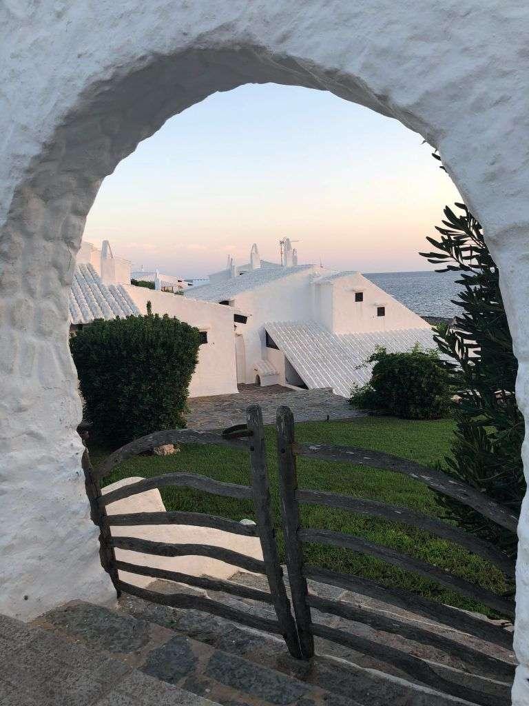 Binibéquer, pueblo pesquero de Menorca