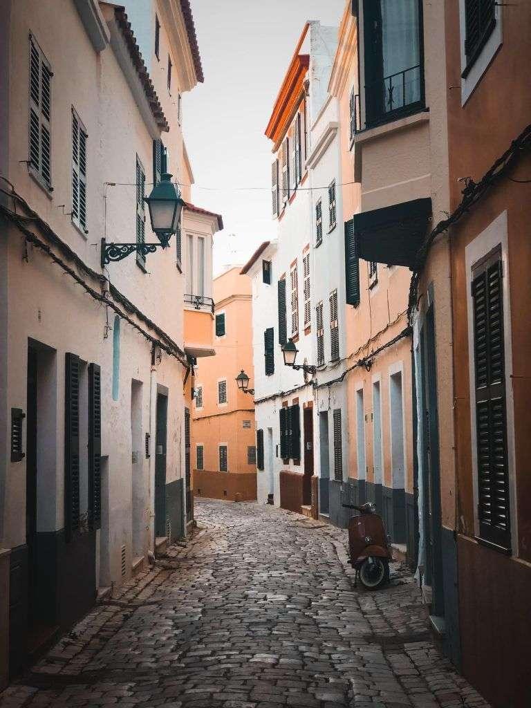 Las bonitas calles de Ciudadela de Menorca