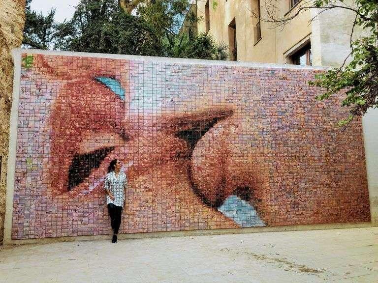 Mural del Beso en Barcelona