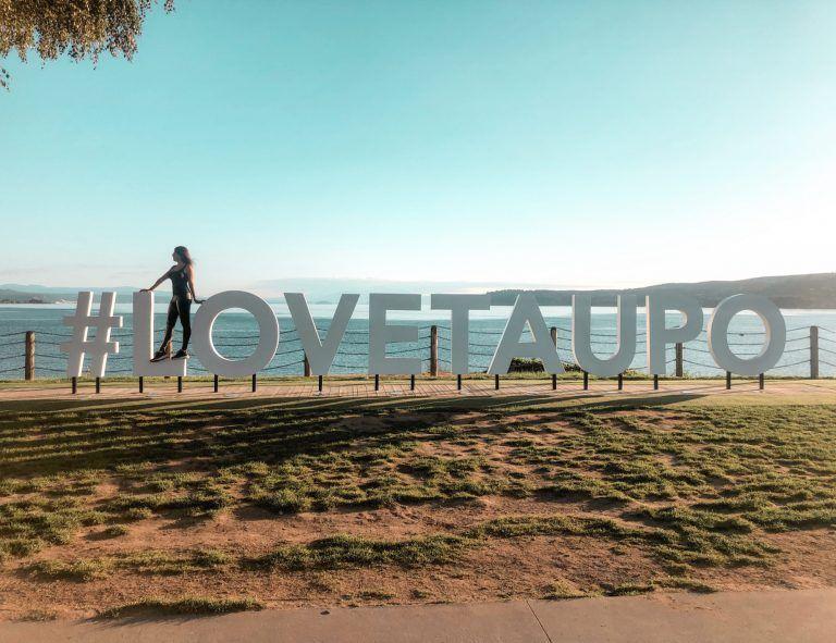 letters I love Taupo, Nueva Zelanda